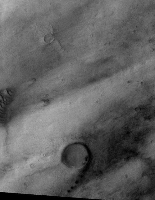 Nouă pe Marte. Foto: NASA/JPL/ASU