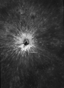 Crater nou nouț pe Lună. Foto:  NASA / GSFC / ASU