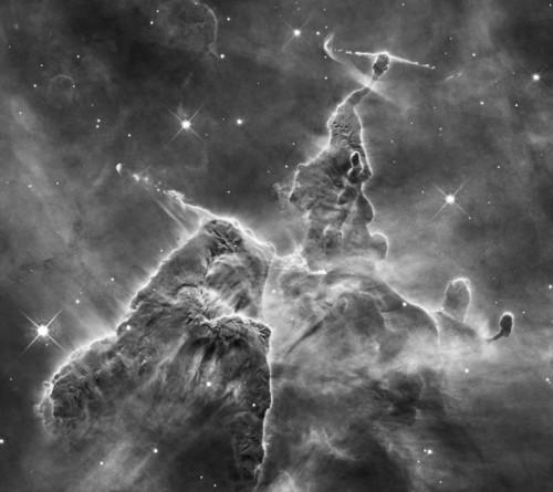 Nebuloasa Carina o altă zonă potrivită pentru alpinismul cosmic. Foto: NASA, ESA, and M. Livio and the Hubble 20th Anniversary Team (STScI)