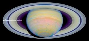 Inelele lui Saturn. Imagine a inelelor lui Saturn luată cu telescopul spațial Hubble. Inelele mai mari sunt notate (inelele A, B și C). Se observă diviziunile între inele, create de sateliți care orbitează prin acele zone. Inelele principale sunt formate din mii de inele foarte inguste. Foto: NASA, ESA and E. Karkoschka (University of Arizona)