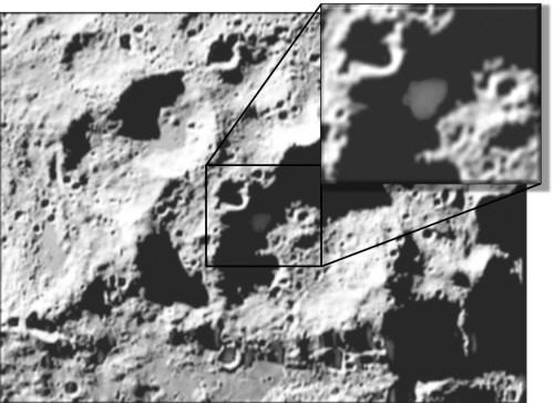 Norul de praf incandescent expulzat din crateul Cabeus in urma impactului etajului de lansare Centaur. Foto: NASA