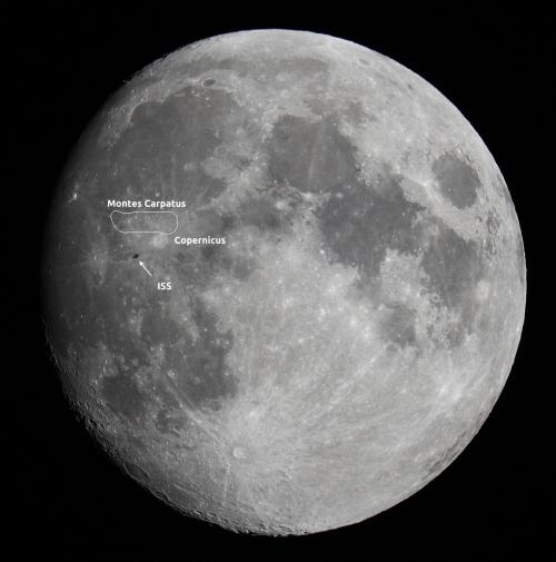 ISS peste Lună. Foto: Cătălin Beldea