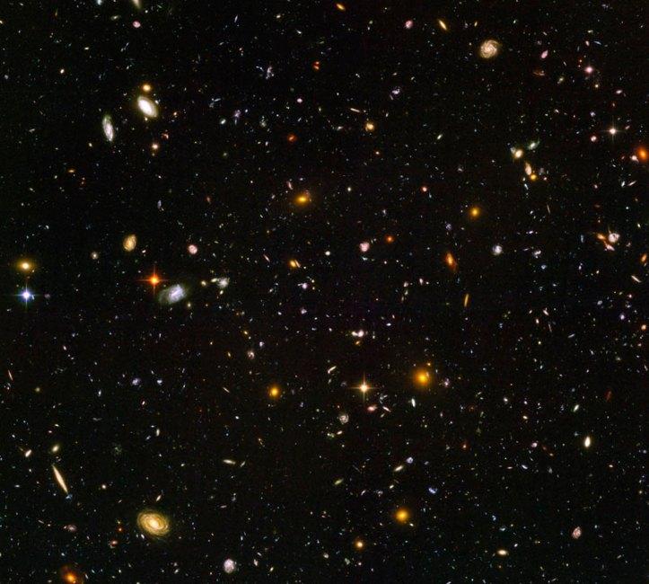 """Cea mai """"adâncă"""" fotografie a cerului. Expunere 20,8 zile cu telescopul spațial Hubble. Foto: NASA, ESA, and N. Pirzkal (STScI/ESA)"""