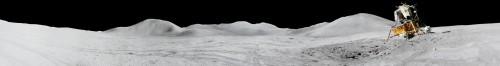 Apollo 15 - urme de cauciucuri. Foto: NASA
