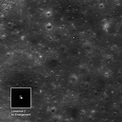 Lunokhod 2 pe Lună. Se observă urmele lăsate de roți. Foto:NASA/GSFC/Arizona State University