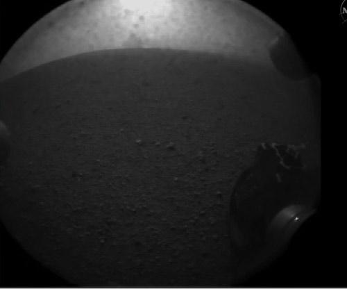 Roata lui Curiosity. Foto: NASA/JPL