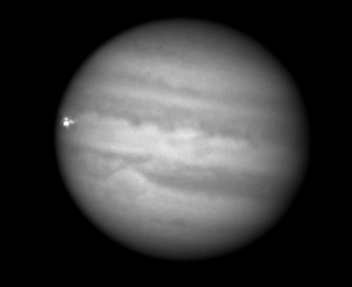 Un impact pe Jupiter. Foto: R. Hueso & G. Hall