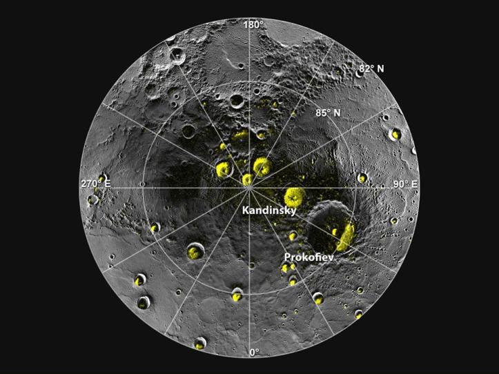 Polul nord pe Mercur. Cu galben, depozite de apă înghețată. Foto: NASA/Johns Hopkins University Applied Physics Laboratory/Carnegie Institution of Washington/National Astronomy and Ionosphere Center, Arecibo Observatory