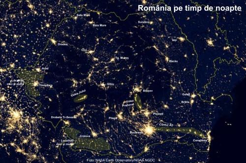 România noaptea: zone luminoase. Foto: Foto: NASA Earth Observatory/NOAA NGDC
