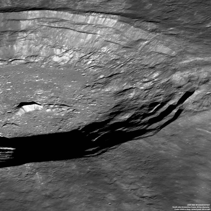 Craterul Aristarch. Foto: NASA/GSFC/Arizona State University