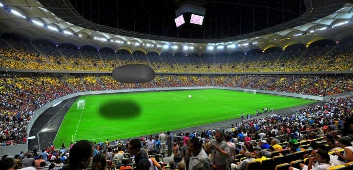 Meteoroidul de la Chelyabinsk adus pe arena națională. Foto arena națională: Peisagistul pe Panoramio