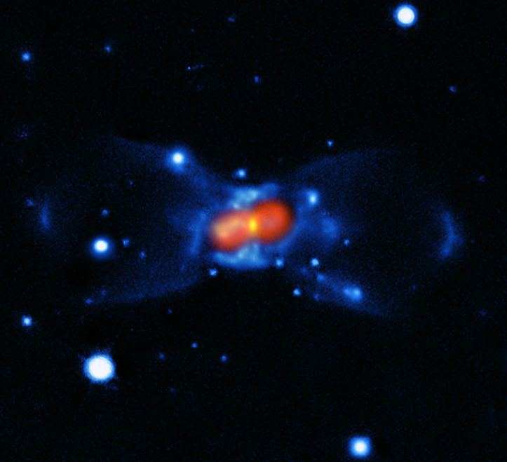 Steaua CK Vulpeculae, un rest de novă roșie. Foto: ESO / T. Kamiński.
