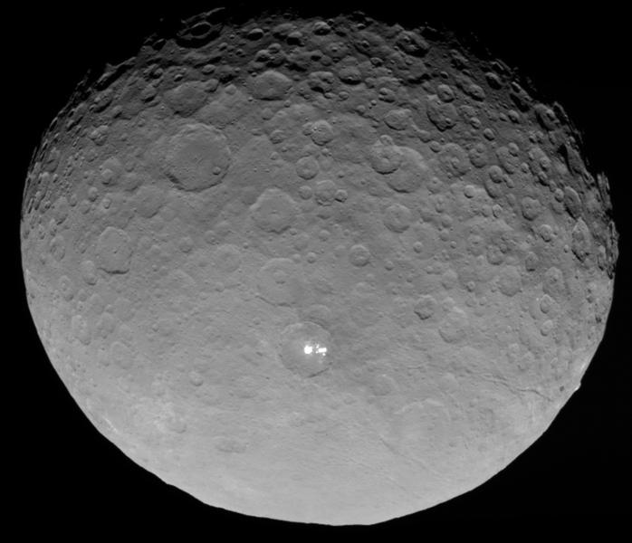 Ceres . Foto: NASA/JPL-Caltech/UCLA/MPS/DLR/IDA