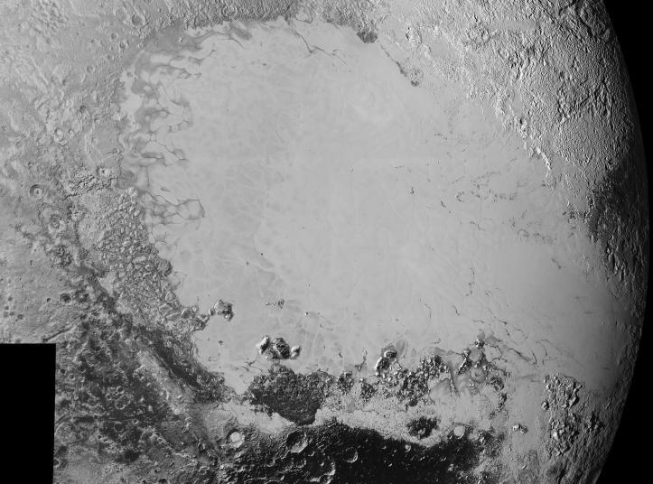 Un nou mozaic cu suprafața lui Pluto, pus online pe 10 septembrie 2015. Cele mai mici detalii vizibile au 0,8 km. Foto: NASA / JHUAPL / SwRI