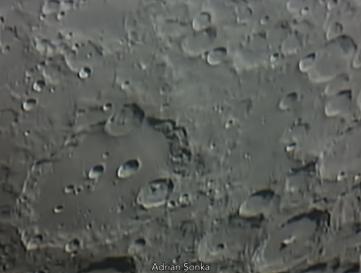 l20040430-moretus